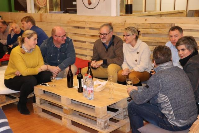 Soirée Festive de dégustation de vins organisée par Pollen à l'Art Hache